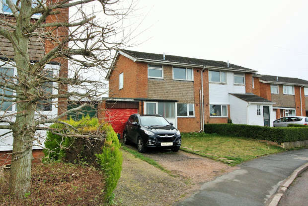 3 Bedrooms Property for sale in Wells Avenue, Honiton, EX14