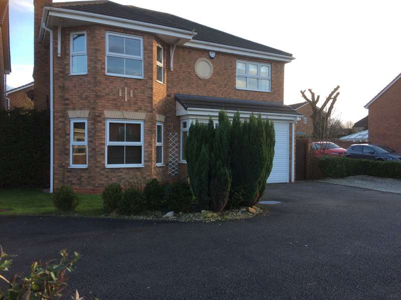 5 Bedrooms Detached House for sale in Seafield, Tamworth, Staffordshire, B77