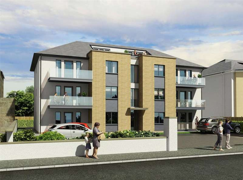 2 Bedrooms Flat for sale in North Beach, Links Road, Prestwick, Ayrshire, KA9