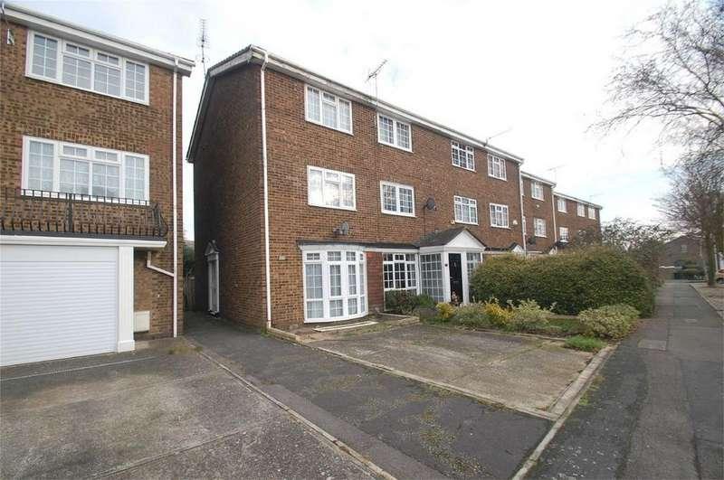 4 Bedrooms End Of Terrace House for sale in Tilbury Road, Rainham, Gillingham, Kent