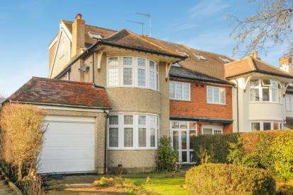 6 Bedrooms Semi Detached House for sale in Langton Avenue, Whetstone