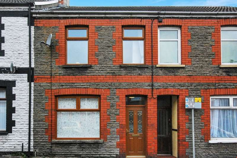 2 Bedrooms Terraced House for sale in Salop Street, Caerphilly