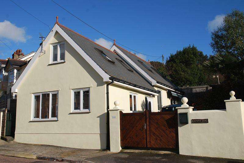 3 Bedrooms Detached Bungalow for sale in Lower Shirburn Road, Torquay