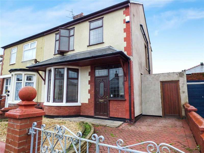 3 Bedrooms Semi Detached House for sale in Westminster Road, North Shore, Blackpool
