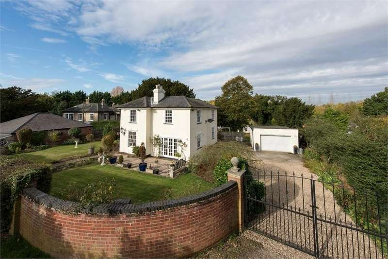 3 Bedrooms Detached House for sale in Terrace Hall Chase, Great Horkesley, Colchester, Essex