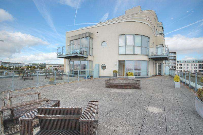 2 Bedrooms Apartment Flat for sale in Apartment 7, The Watermark, Ferry Road, Cardiff Bay, Cardiff, CF11 0JU