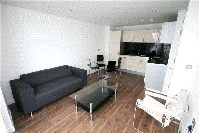 1 Bedroom Flat for sale in Number One, Media City UK, Salford, Greater Manchester, M50