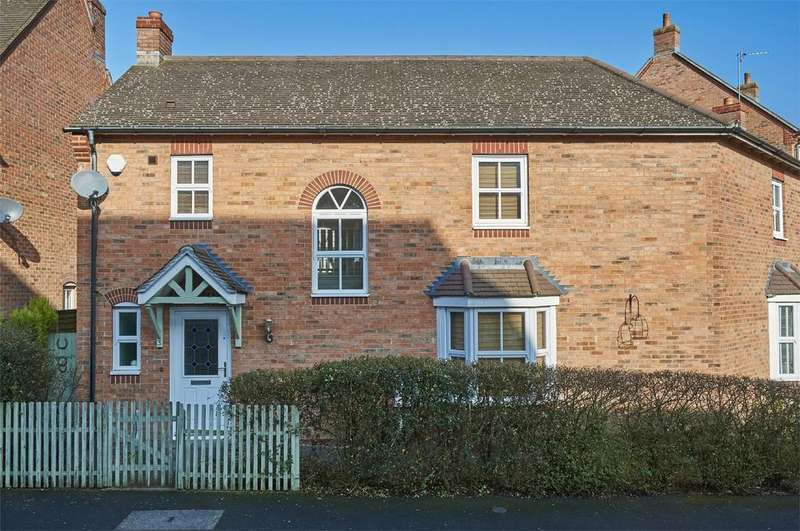 3 Bedrooms Semi Detached House for sale in Speedwell Road, Desborough, Northamptonshire