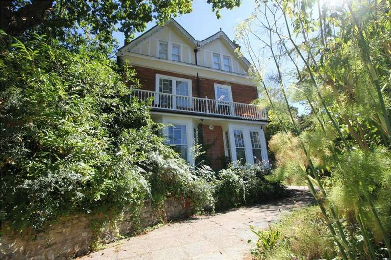 8 Bedrooms Detached House for sale in 110 St Helens Park Road, HASTINGS, East Sussex