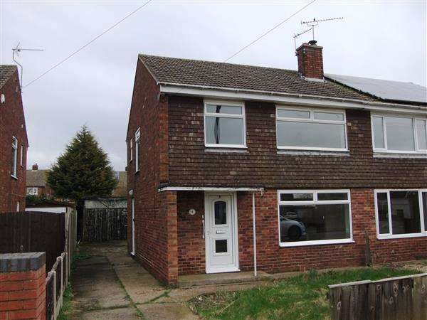3 Bedrooms Semi Detached House for sale in Knightsbridge Road, Messingham