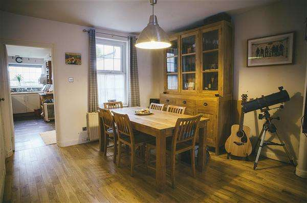 2 Bedrooms Terraced House for sale in Victoria Road, Walton Le Dale, Preston