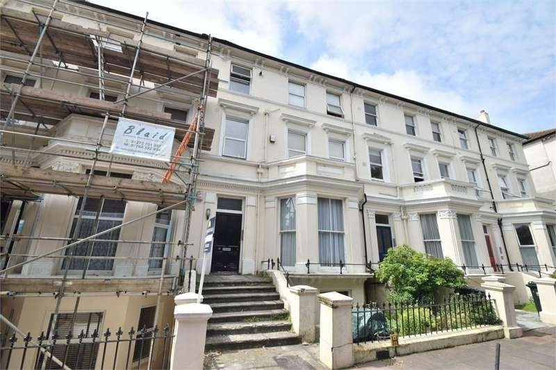 2 Bedrooms Flat for sale in Upperton Gardens, Upperton, East Sussex