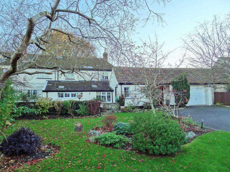 4 Bedrooms Semi Detached House for sale in Reeds Drive, Woolavington