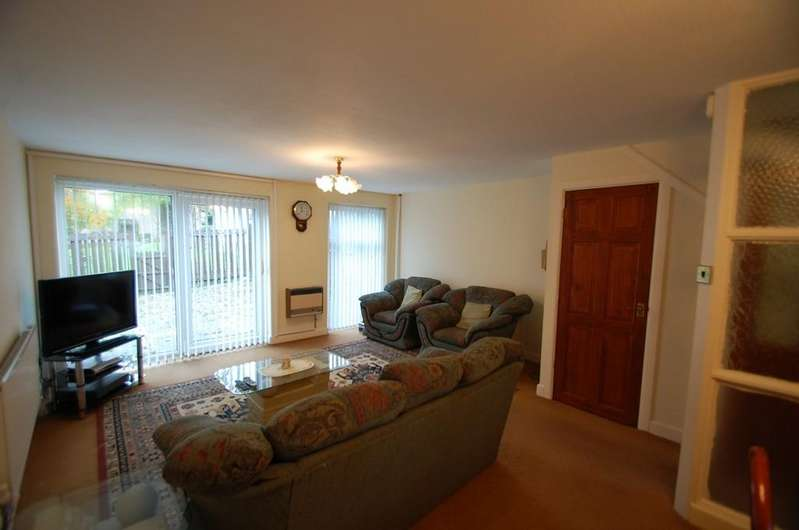 3 Bedrooms Terraced House for sale in Westbury Gardens, Audley Range, Blackburn