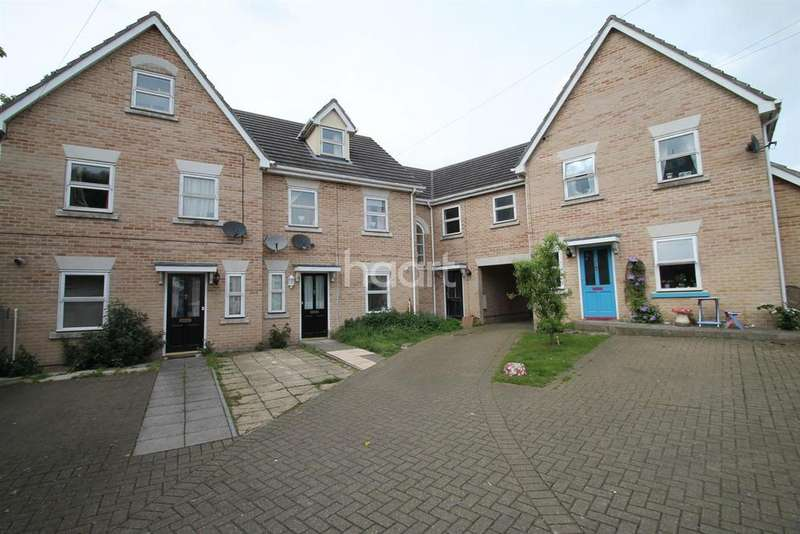 3 Bedrooms Terraced House for sale in Cumberland Street, Ipswich, IP1