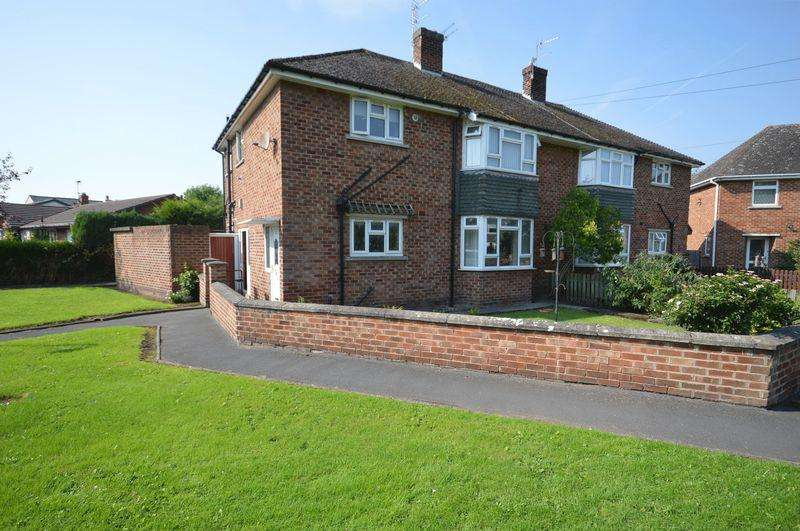 2 Bedrooms Apartment Flat for sale in Fornalls Green Lane, Meols