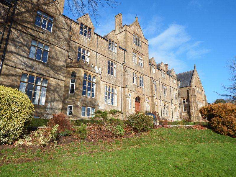 1 Bedroom Apartment Flat for sale in Mount Pleasant, Crewkerne
