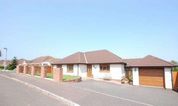 4 Bedrooms Detached Bungalow for sale in Blue Anchor