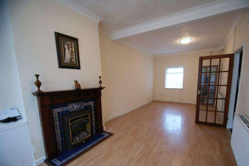2 Bedrooms Terraced House for sale in Oakfield Road, Liverpool