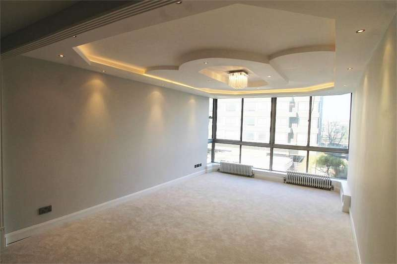 2 Bedrooms Apartment Flat for sale in Quadrangle Tower, Cambridge Square, London