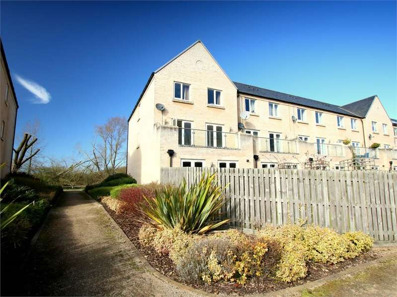 5 Bedrooms End Of Terrace House for sale in Little Paxton, ST NEOTS