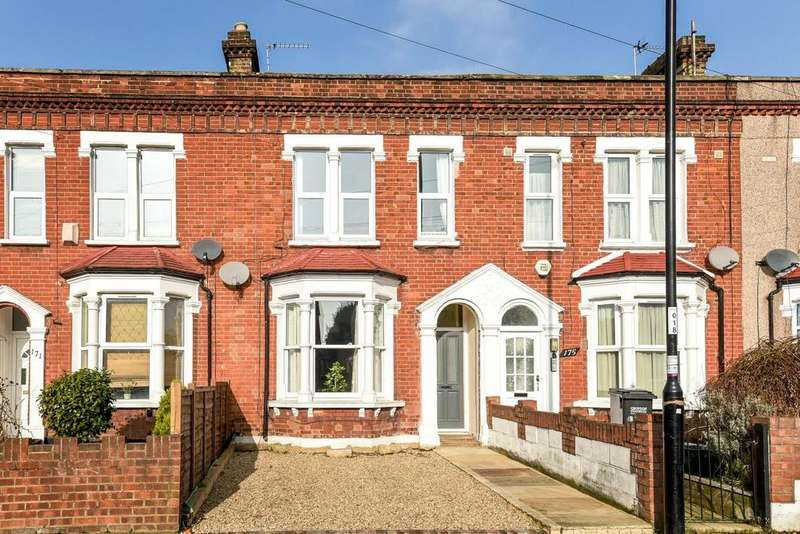 3 Bedrooms Terraced House for sale in Northwood Road, Thornton Heath, CR7