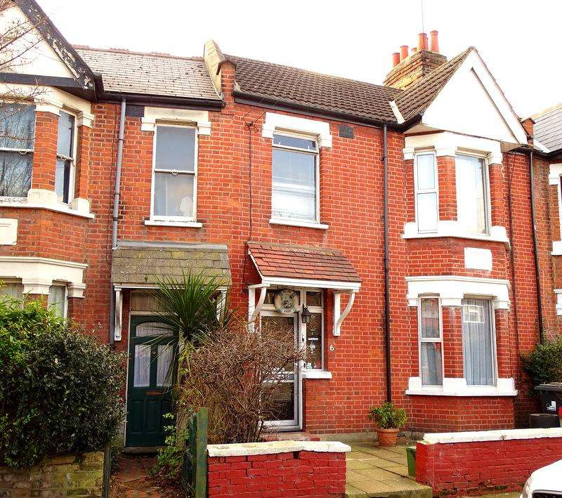 3 Bedrooms Terraced House for sale in Deans Road, Ealing