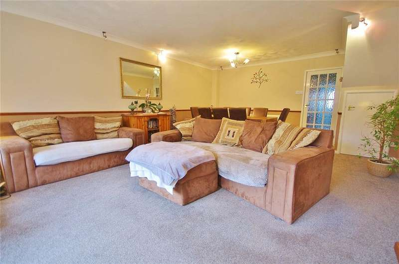 3 Bedrooms House for sale in Hagden Lane, Watford, Hertforshire, WD18