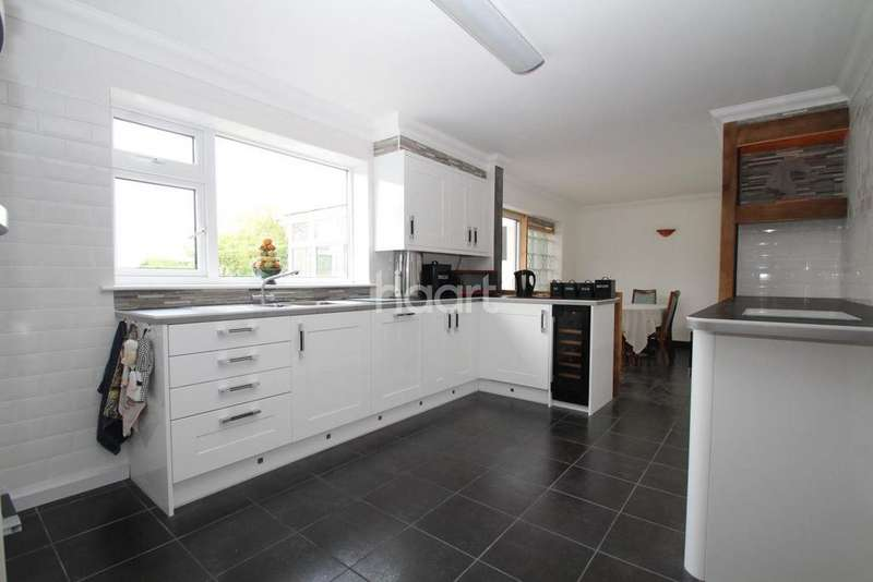 3 Bedrooms Detached House for sale in Moor Lane, Branston Booths, Lincoln, LN4