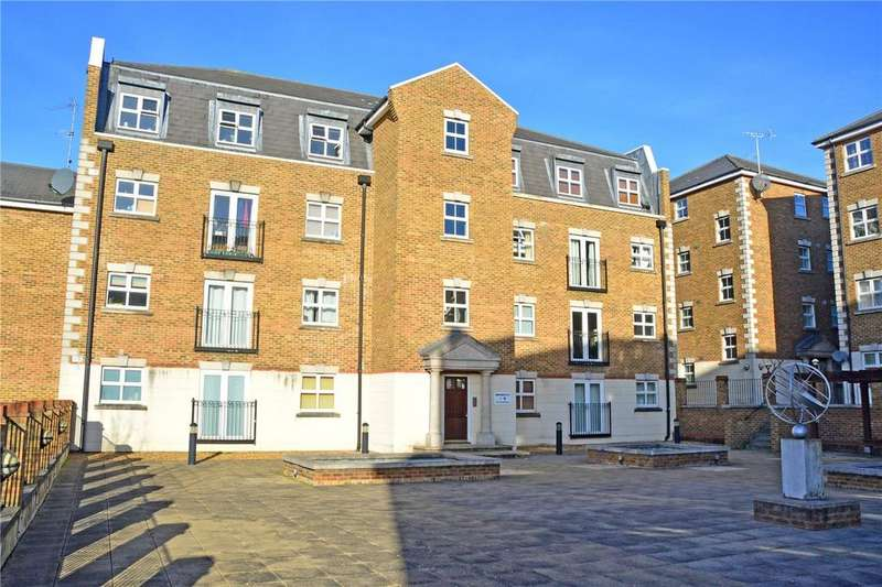 1 Bedroom Flat for sale in Brook Square, Shooters Hill, London, SE18