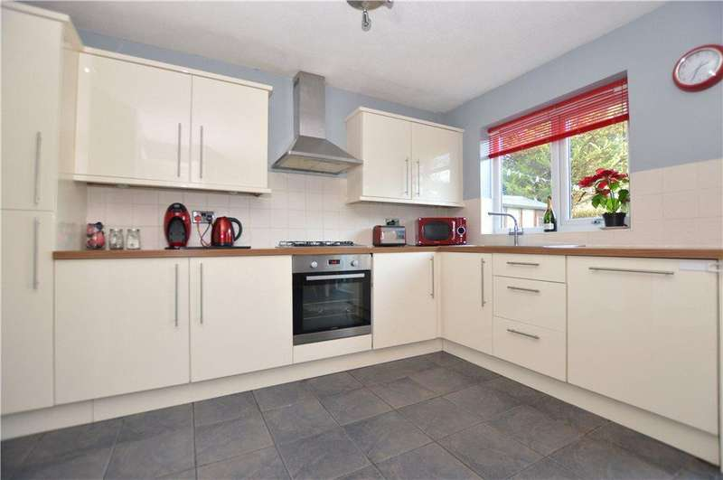 3 Bedrooms Semi Detached House for sale in Rudgate Park, Thorp Arch, Wetherby, West Yorkshire