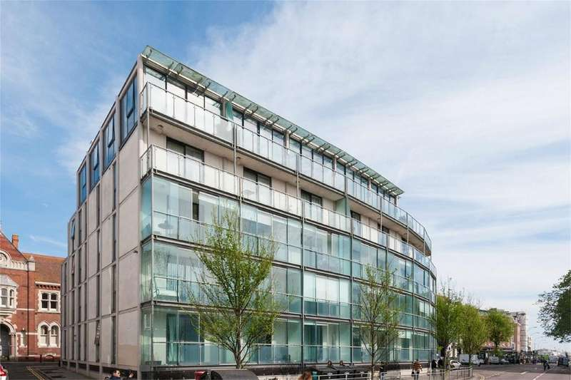 2 Bedrooms Flat for sale in Glass Pavilion, Princes Street, Central Brighton, East Sussex