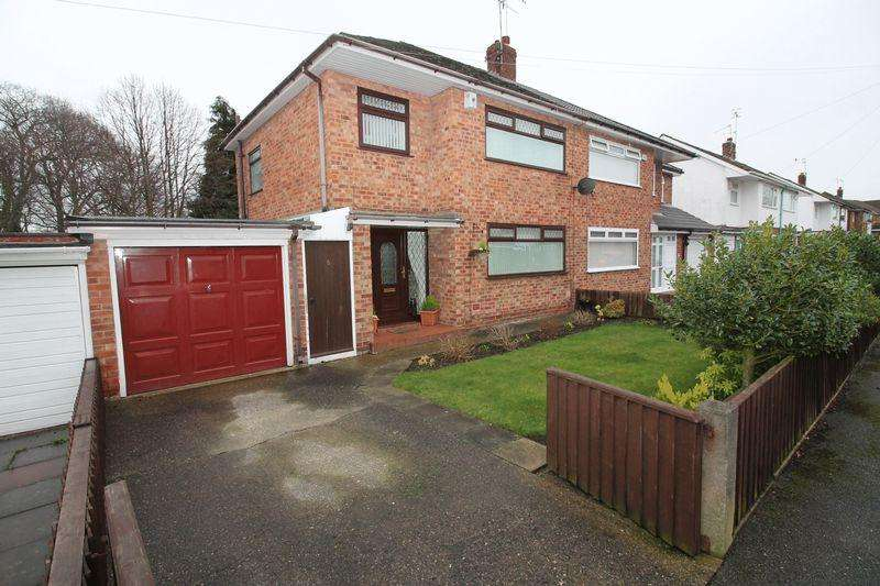 3 Bedrooms Semi Detached House for sale in Yew Tree Close, Arrow Park