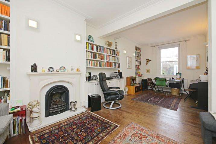 3 Bedrooms Cottage House for sale in Oak Village, NW5