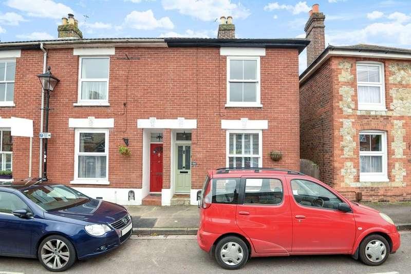 3 Bedrooms Semi Detached House for sale in Lymbourn Road, Havant, PO9