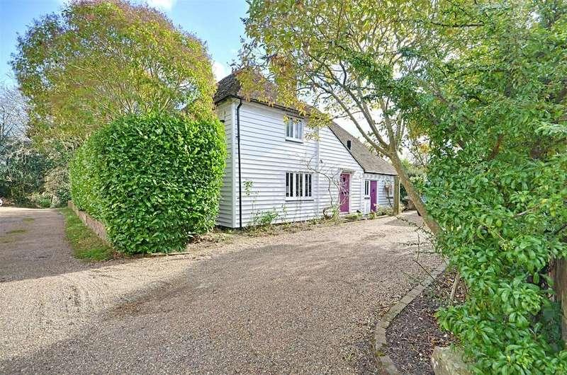 3 Bedrooms Detached House for sale in Iden Green, Cranbrook