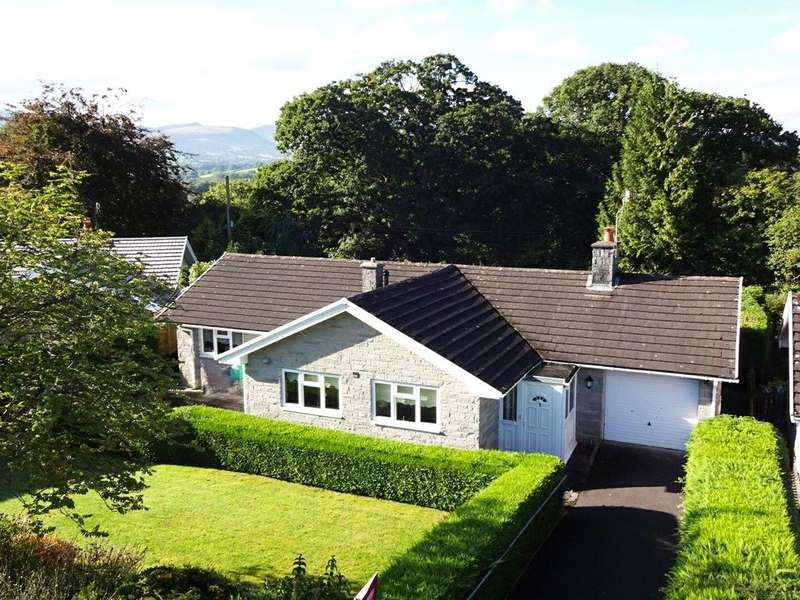 3 Bedrooms Detached Bungalow for sale in Groesffordd Park, Groesffordd, Brecon, Powys