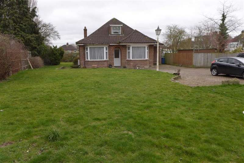 3 Bedrooms Property for sale in Weald Rise, Harrow Weald, Middlesex