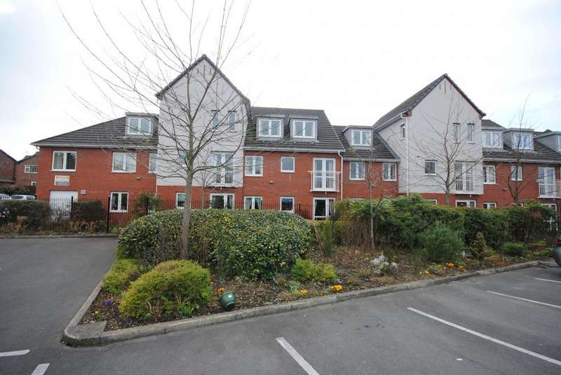 1 Bedroom Retirement Property for sale in Holland Court, Poynton
