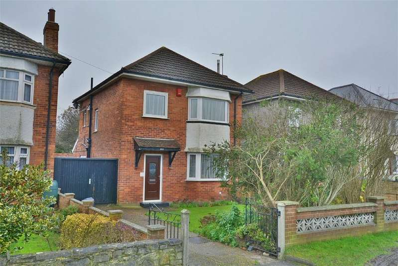 3 Bedrooms Detached House for sale in Wallisdown Road, POOLE