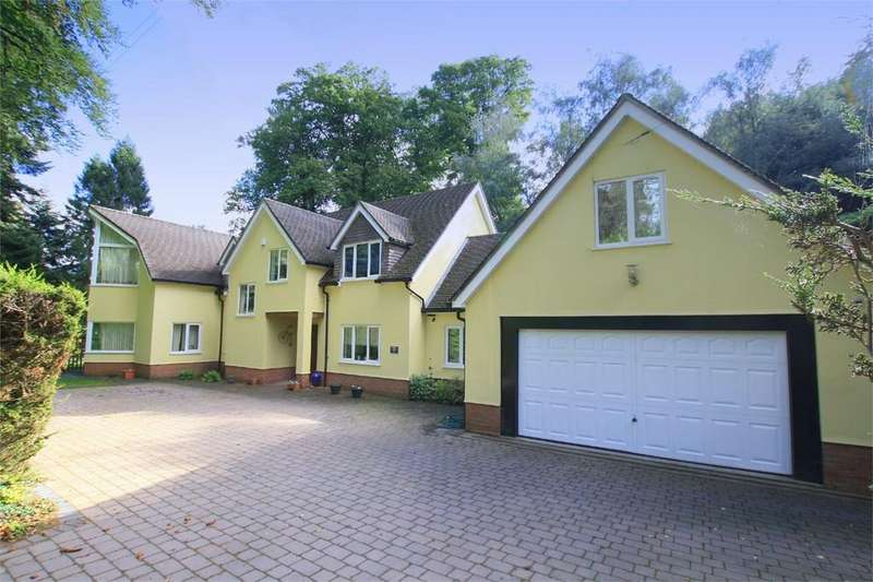 4 Bedrooms Detached House for sale in Brook House, 65 Avon Castle Drive, Ringwood