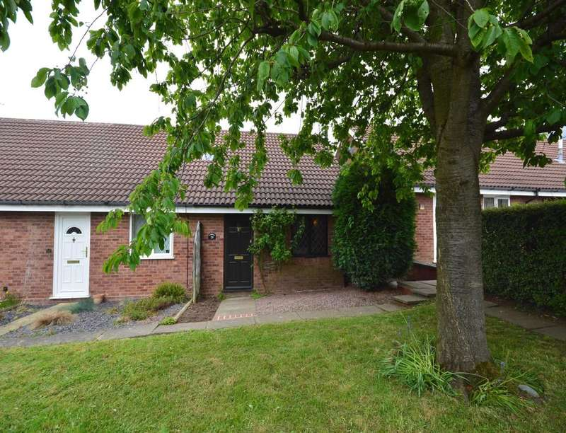 1 Bedroom Semi Detached Bungalow for sale in Grasmere Avenue, Perton, Wolverhampton, WV6