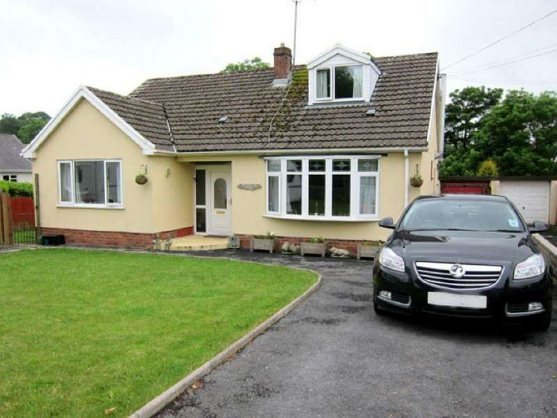 4 Bedrooms House for sale in Bolahaul Road, Carmarthen, Carmarthenshire