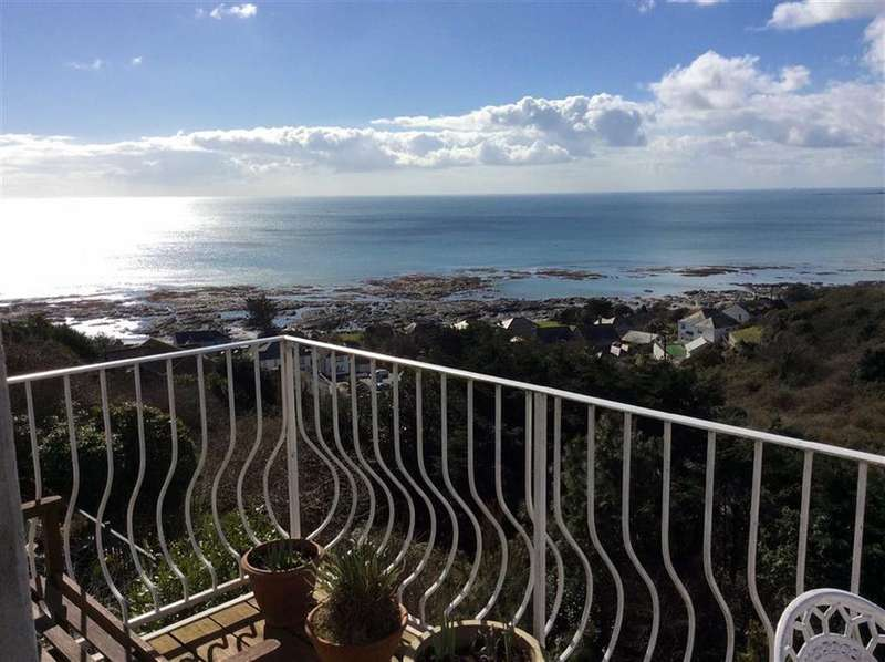 3 Bedrooms Detached House for sale in Trerieve Estate, Downderry, Cornwall, PL11