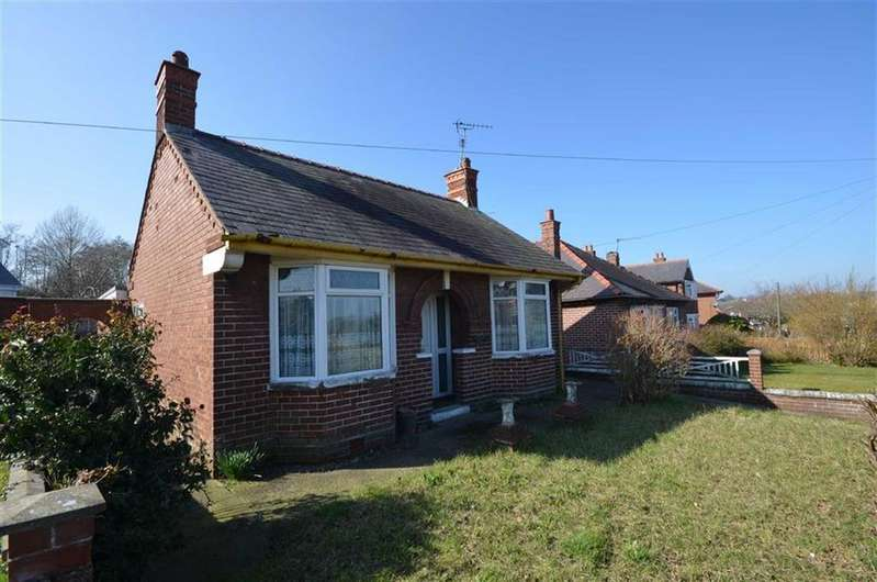 3 Bedrooms Detached Bungalow for sale in King Street, Leeswood, Mold