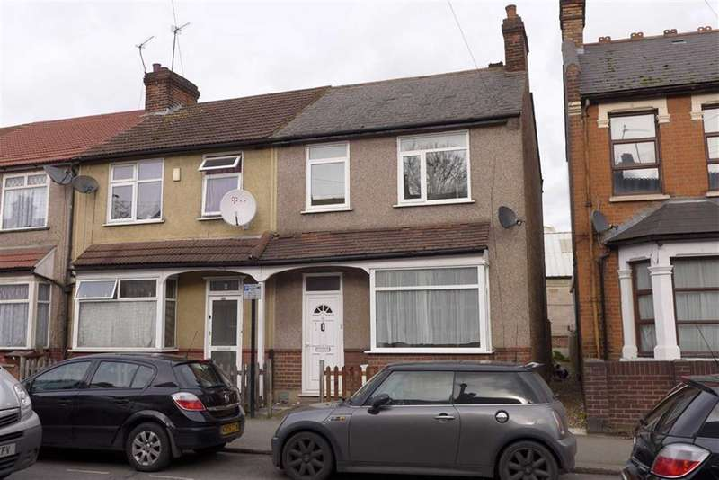 3 Bedrooms Property for sale in Masons Avenue, Harrow, Middlesex