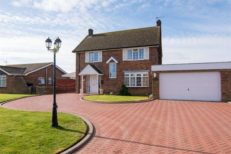3 Bedrooms Detached House for sale in Oak House Lane, Freiston, Boston, Lincolnshire