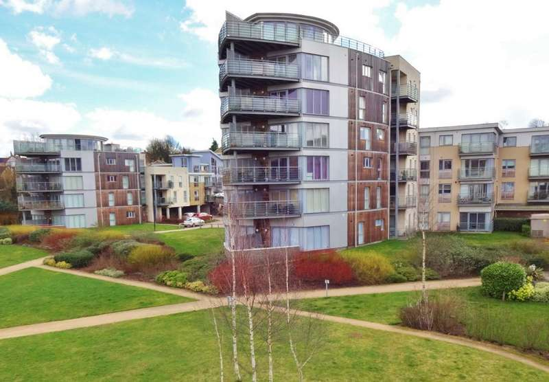 2 Bedrooms Flat for sale in Cornhill Place, Maidstone