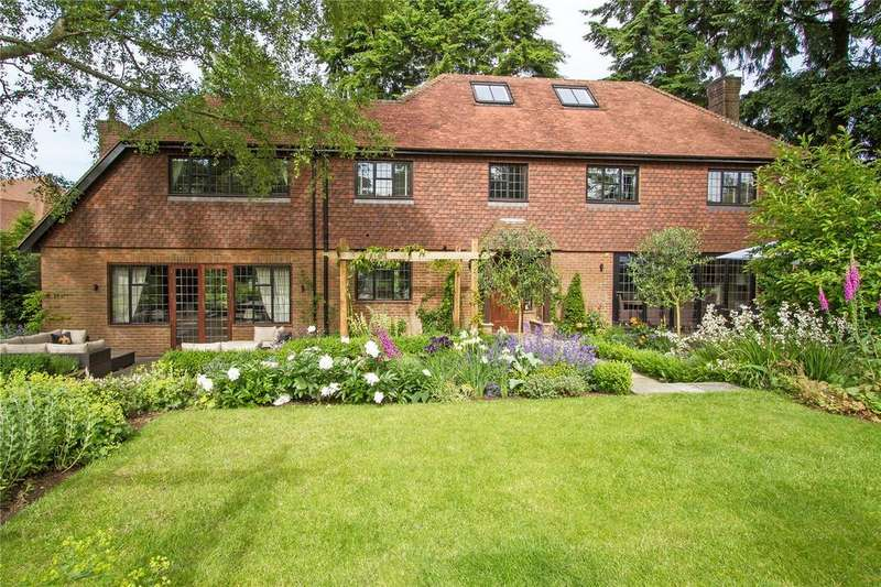 5 Bedrooms Detached House for sale in Denbigh Road, Haslemere, Surrey