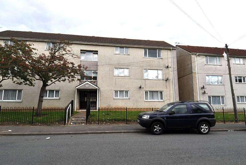 2 Bedrooms Apartment Flat for sale in 75 Beechley Drive, Fairwater, Cardiff. CF5 3SH